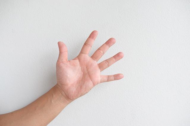 dětská dlaň
